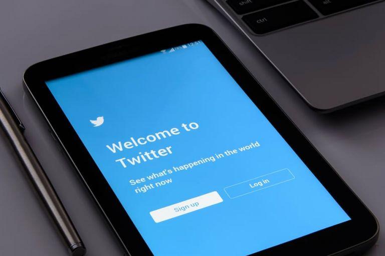 Τεράστια ζημιά στο Twitter από την κυβερνοεπίθεση | tovima.gr