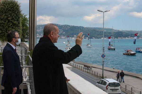 Bloomberg: Ο Ερντογάν αψηφά τη Δύση για χάρη της Μεγάλης Τουρκίας | tovima.gr