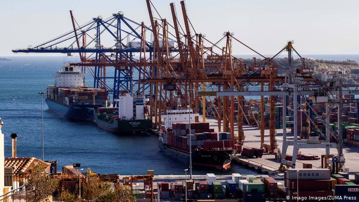 DW : Πειραιάς, ένα κινεζικό λιμάνι | tovima.gr