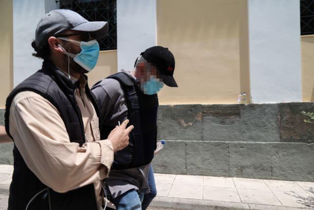 Ο ψευτογιατρός φέρεται να ευθύνεται για ακόμη τέσσερις θανάτους | tovima.gr