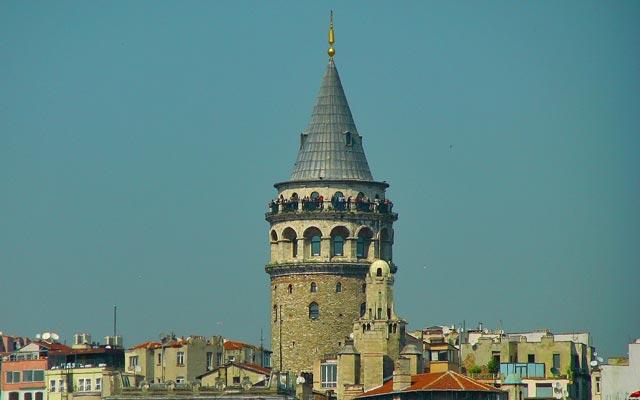 Κωνσταντινούπολη: Συγκινητικό ταξίδι στις ελληνικές συνοικίες | tovima.gr