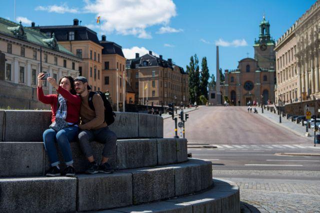 Σουηδία: Τηλεργασία μέχρι το 2021 προτείνουν οι αρχές | tovima.gr