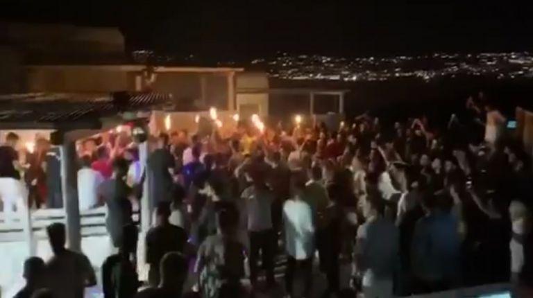Μύκονος: Αποκλειστικά βίντεο από πάρτι σε βίλες με απίστευτο συνωστισμό | tovima.gr