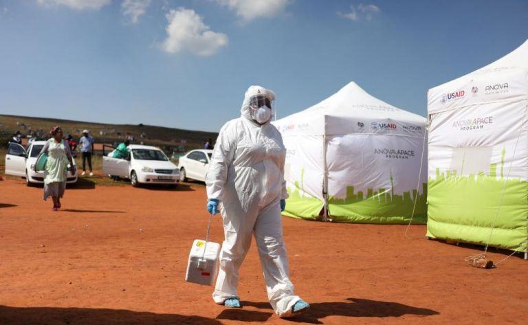 Νότια Αφρική: Ξεπέρασαν το μισό εκατομμύριο τα κρούσματα κορωνοϊού | tovima.gr