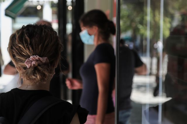 Κορωνοϊός: Η διασπορά κρουσμάτων και οι εστίες εξάπλωσης που προβληματίζουν   tovima.gr