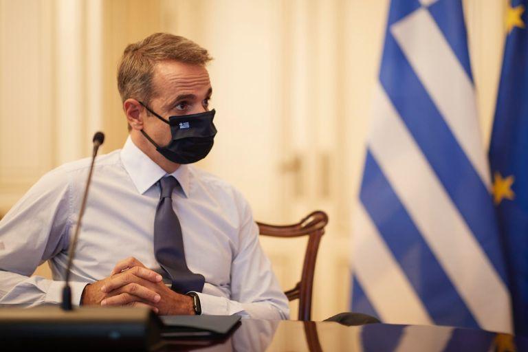 Mητσοτάκης: Εθνικό εμβόλιο το φιλότιμό μας – Μόνιμος συνοδός η μάσκα | tovima.gr