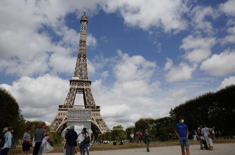 Γαλλία: Πάνω από 2.000 νέα κρούσματα σε 24 ώρες | tovima.gr
