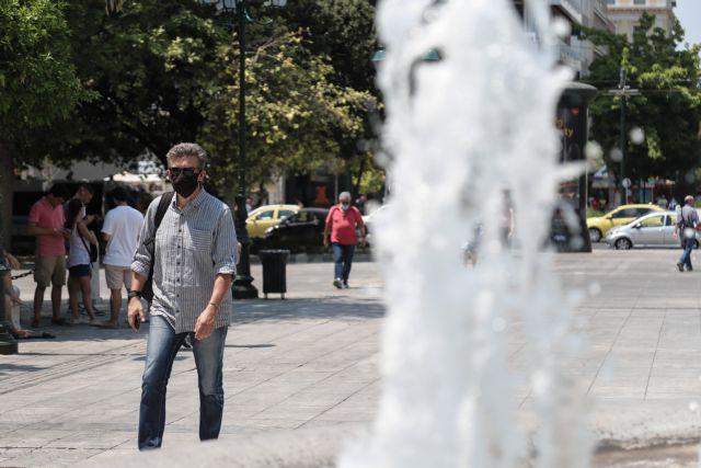 Κορωνοϊός: Στο κόκκινο τα κρούσματα – Ανησυχεί ο τριψήφιος αριθμός | tovima.gr