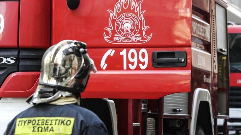 Θεσσαλονίκη: Κινδύνευσαν τέσσερα άτομα, ανάμεσά τους ένα παιδί, από πυρκαγιά   tovima.gr