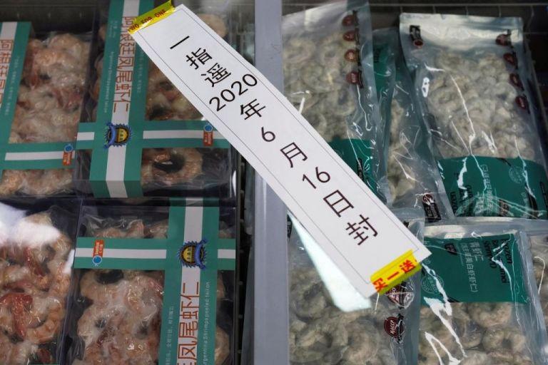 Κορωνοϊός – Κίνα: Βρήκαν ίχνη του ιού σε συσκευασίες κατεψυγμένων θαλασσινών   tovima.gr