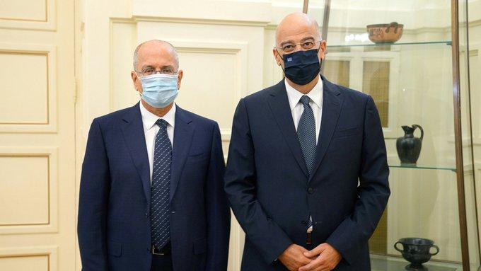 Συνάντηση του Ν. Δένδια με τον πρέσβη του Ισραήλ | tovima.gr