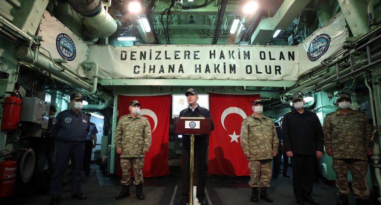 Εμπρηστικός ξανά ο Ακάρ: Καμία παρενόχληση στα τουρκικά πλοία δεν θα μείνει αναπάντητη | tovima.gr