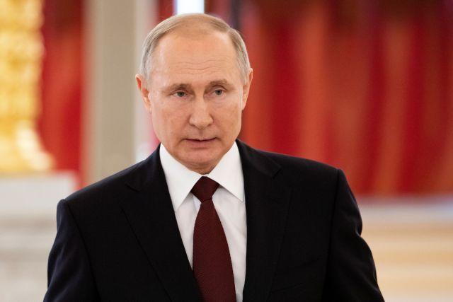 Επαφές Πούτιν για τη Λευκορωσία – Τι είπε με Μισέλ, Μέρκελ, Μακρόν | tovima.gr