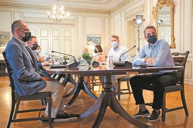 Οι αρνητές της πανδημίας τρομάζουν το Μαξίμου | tovima.gr