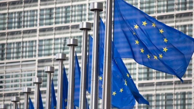 Εμβόλιο κορωνοϊού : Η ΕΕ εξασφάλισε 225 εκατ. δόσεις και από γερμανική φαρμακευτική | tovima.gr