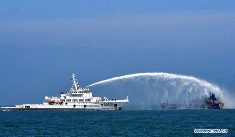 Σανγκάη: Αγνοούνται 14 ναυτικοί έπειτα από σύγκρουση πλοίων | tovima.gr