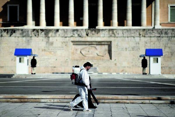Βαθιά ανησυχία για την έξαρση της πανδημίας – 1.122 κρούσματα σε μόλις πέντε ημέρες | tovima.gr