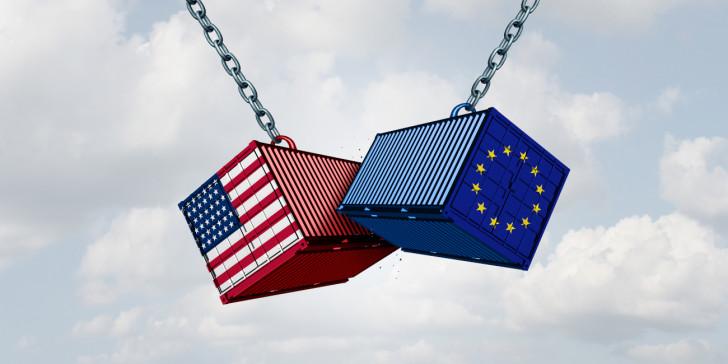 Ιστορική συμφωνία ΗΠΑ – ΕΕ για μείωση των δασμών | tovima.gr
