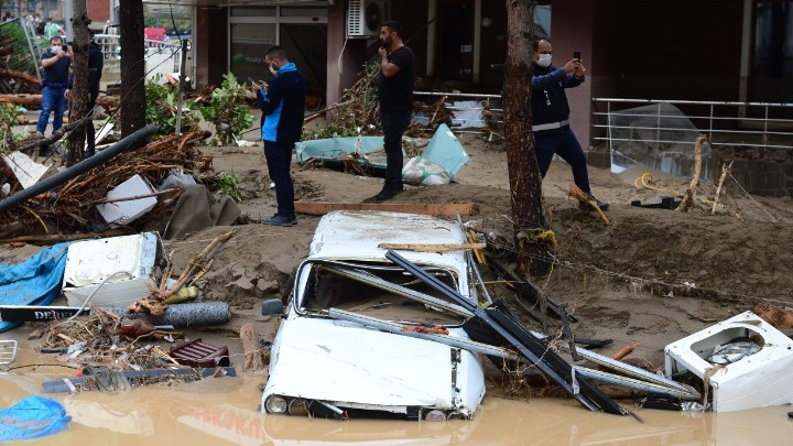 Τουρκία: Αυξάνονται νεκροί και αγνοούμενοι από τις πλημμύρες στην Τραπεζούντα | tovima.gr
