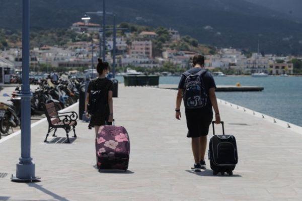 Κορωνοϊός: Άρση των ειδικών μέτρων στον Πόρο | tovima.gr