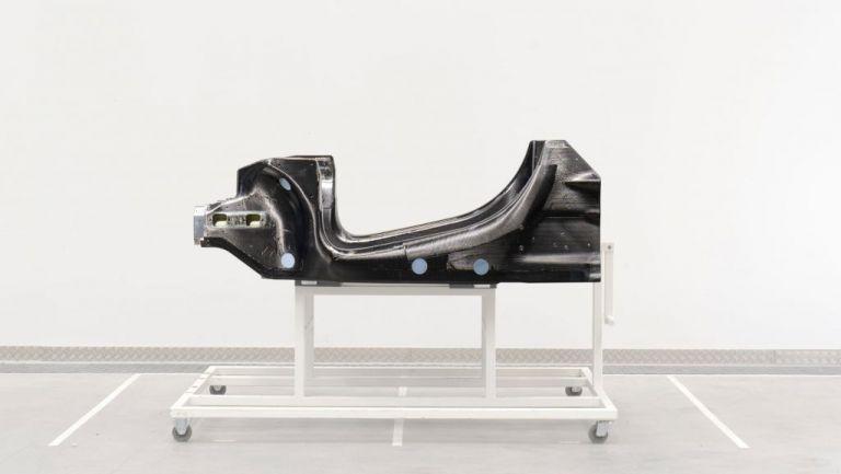 To νέο υβριδικό κεφάλαιο της McLaren ξεκινά   tovima.gr