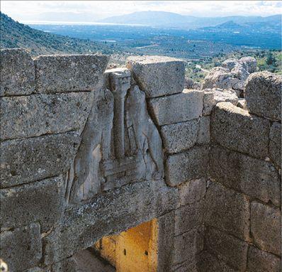 Φωτιά στις Μυκήνες – Εκκενώνεται ο αρχαιολογικός χώρος | tovima.gr