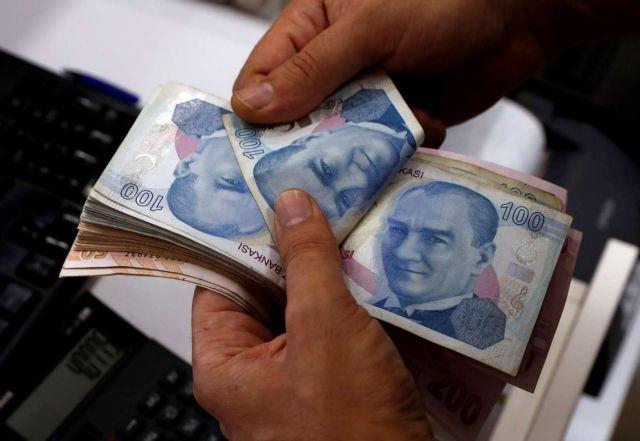 Τουρκία: Κοντά σε ιστορικό χαμηλό η λίρα | tovima.gr