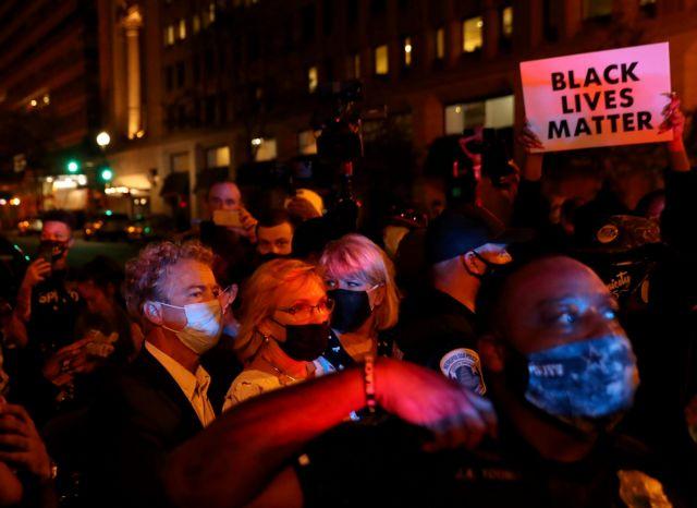 ΗΠΑ: Νέα δολοφονία Αφροαμερικανού από την αστυνομία | tovima.gr