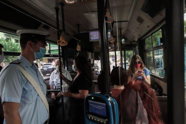 Εντονες αντιδράσεις επιβατών σε ΜΜΜ για τους αρνητές της μάσκας   tovima.gr