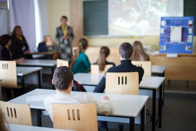 Σχολεία: Δεν είναι εύκολη η ανεύρεση αιθουσών – Δηλώσεις Ζαχαράκη   tovima.gr