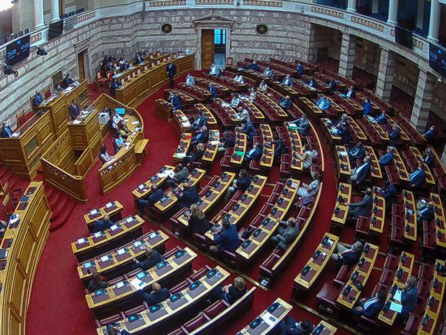 Βουλή: Το δεύτερο κύμα κορωνοϊού δεν ένωσε τις πολιτικές δυνάμεις   tovima.gr