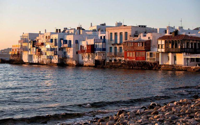 Κορωνοϊός – Βρετανία: Σε καραντίνα όσοι επιστρέφουν από αυτά τα ελληνικά νησιά | tovima.gr