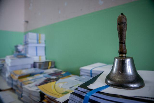 Κορωνοϊός: Αγώνας δρόμου για την επαναλειτουργία των σχολείων | tovima.gr