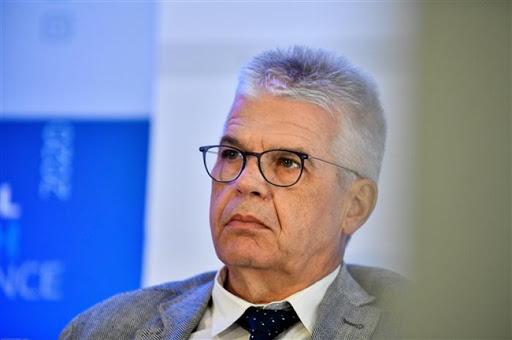 Γώγος στο MEGA: Πάνω από τρία κρούσματα θα κλείνει το σχολείο | tovima.gr