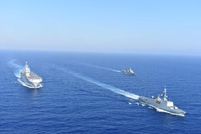 Αν. Μεσόγειος : Αποσύρονται τουρκικά και ελληνικά πολεμικά   tovima.gr