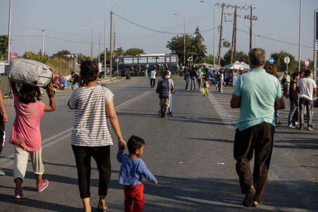 Μηταράκης: Πάνω από 5.000 στον Καρά Τεπέ – 135 με κορωνοϊό | tovima.gr