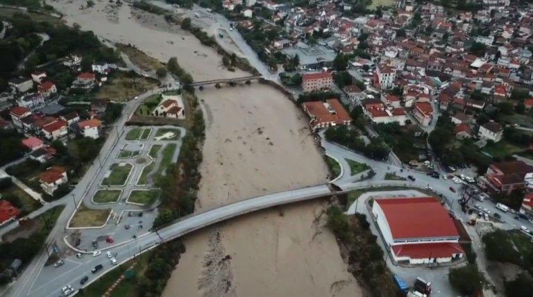 Συγκλονιστικό βίντεο: Οι καταστροφές στο Μουζάκι Καρδίτσας | tovima.gr
