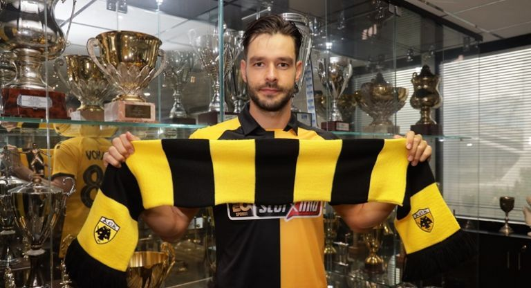 Σάκχοφ: «Μεγάλη ομάδα η ΑΕΚ, να κατακτήσουμε τίτλους» | tovima.gr