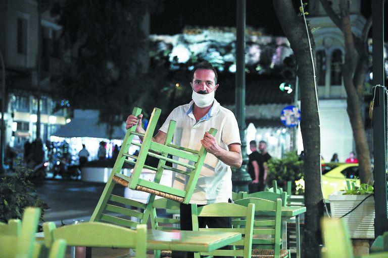 Κορωνοϊός : Ποιοι και γιατί ζητούν «μίνι lockdown» προτού να είναι αργά | tovima.gr