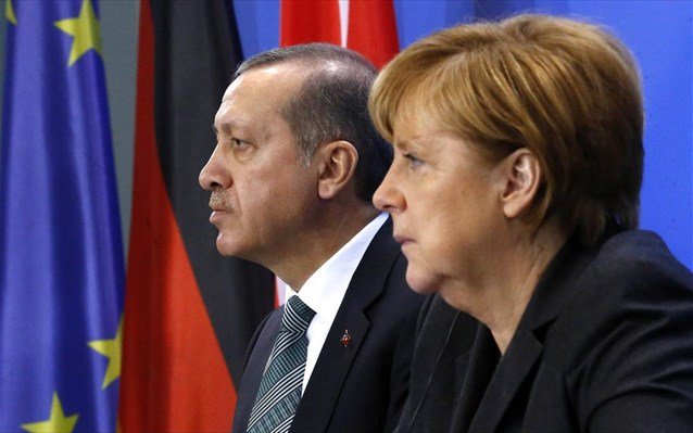 Τουρκικά ΜΜΕ: Παράπονα στη Μέρκελ θα κάνει ο Ερντογάν για τον σταυρό στον Έβρο | tovima.gr