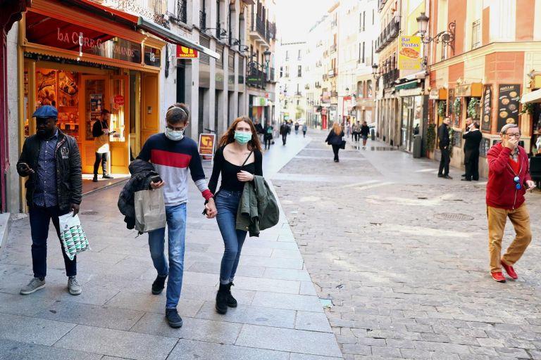 Θερίζει ξανά ο κορωνοϊός στην Ισπανία: Πάνω από 10.000 κρούσματα και 21 νεκροί σε μια μέρα | tovima.gr