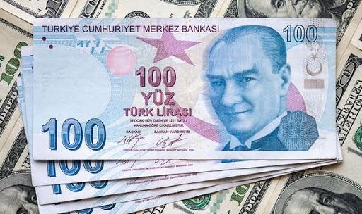 Τουρκία : Η κατάρρευση της λίρας έφερε αιφνιδιαστική αύξηση επιτοκίων | tovima.gr