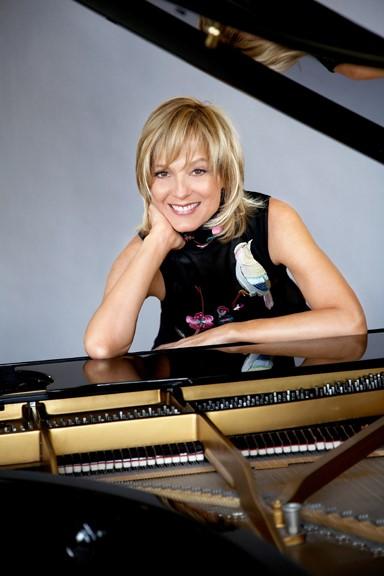 Eλέν Μερσιέ: Η διάσημη πιανίστα μιλά για το δώρο της μουσικής | tovima.gr