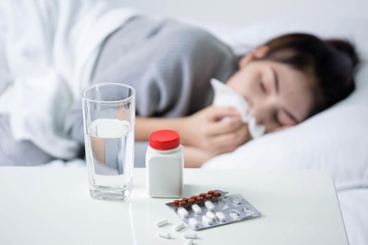Γρίπη και κορωνοϊός: «Εκρηκτικό μείγμα» – Ο καθηγητής Λαζανάς εξηγεί | tovima.gr