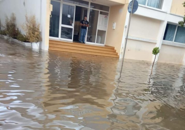 Κεφαλονιά σε νέα δοκιμασία: Πλημμύρισε το Αργοστόλι [εικόνες]   tovima.gr