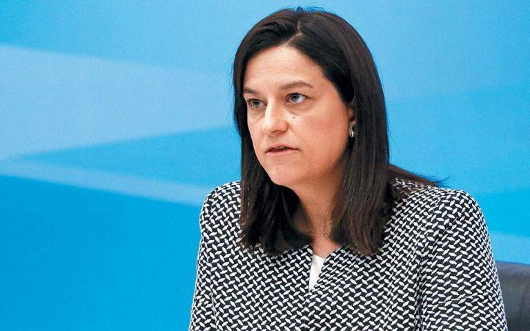 Κεραμέως: Εκ περιτροπής διδασκαλία ή τηλεκπαίδευση αν χρειαστεί | tovima.gr