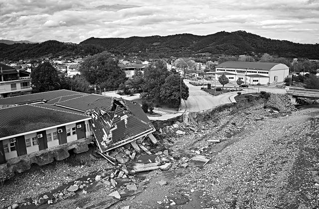 Κλιματική αλλαγή και ακραία φυσικά φαινόμενα | tovima.gr