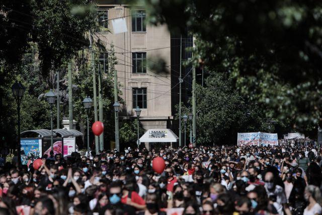 Αντιδράσεις για καταλήψεις και τηλεκπαίδευση | tovima.gr