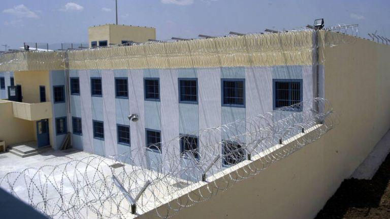 Κρούσμα κορωνοϊού στις φυλακές Τρικάλων   tovima.gr
