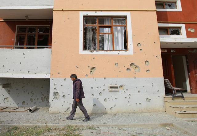 Αζερμπαϊτζάν:  θα καταστρέψουμε στρατιωτικούς στόχους στο εσωτερικό της Αρμενίας | tovima.gr